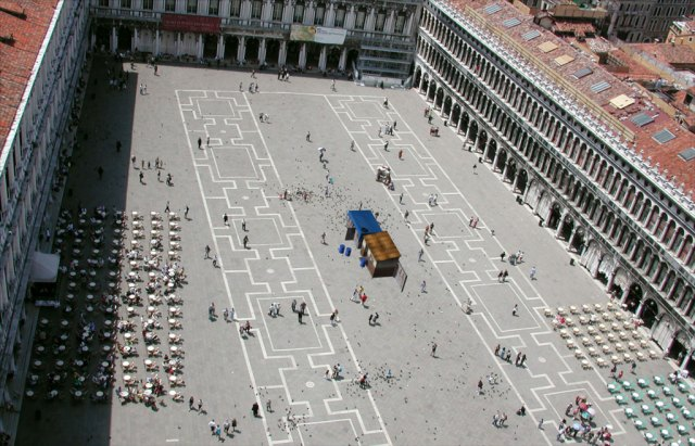 Water_wARs_Piazza_San_Marco_Oblique
